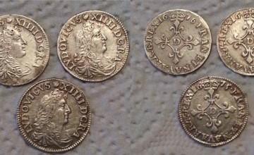 3 hermosas monedas de Luis XIV encontrados con un T2