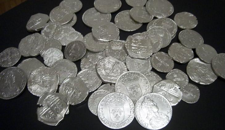 Monedas medievales encontradas con un detector teknetics alpha 2000